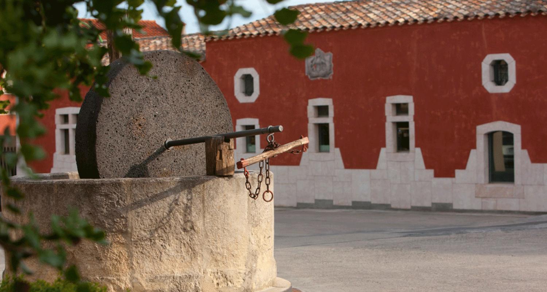 Esterno-cantina-in-Sardegna